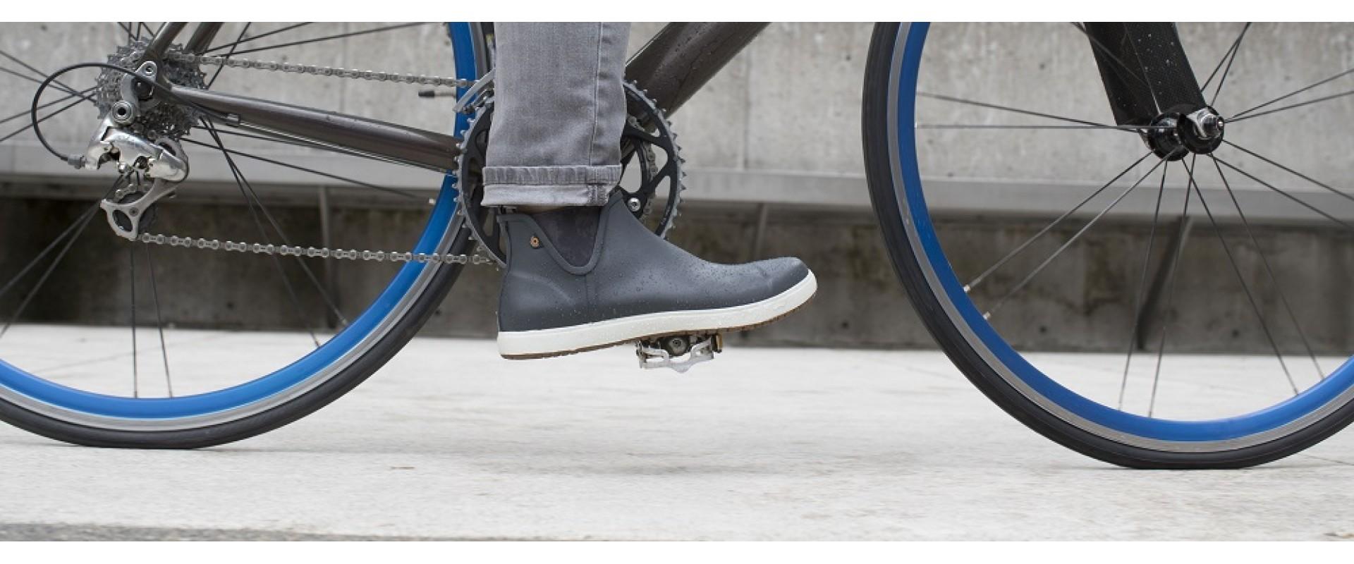 Jarní praktické boty pro pány